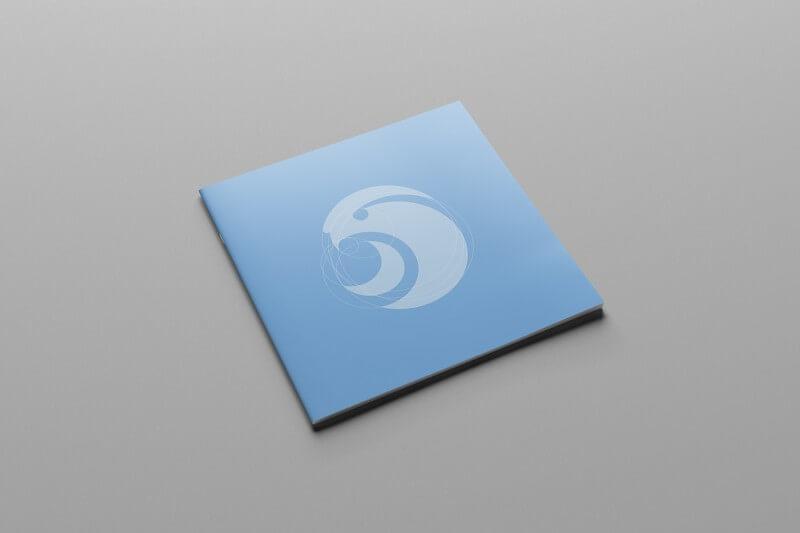 ウェアラブルデバイスのロゴ展開例1