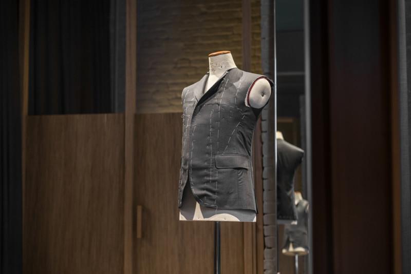 スーツの制作過程