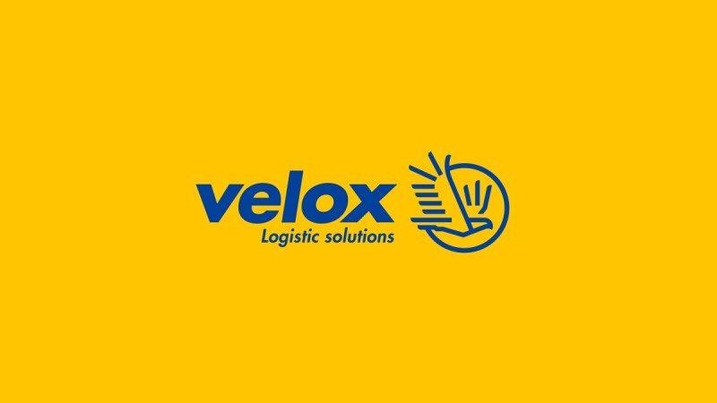 ロゴタイプと企業ロゴの組み合わせ