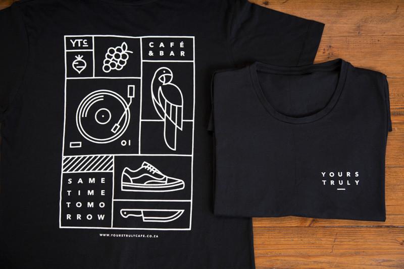 ブランドロゴを用いたTシャツデザイン2