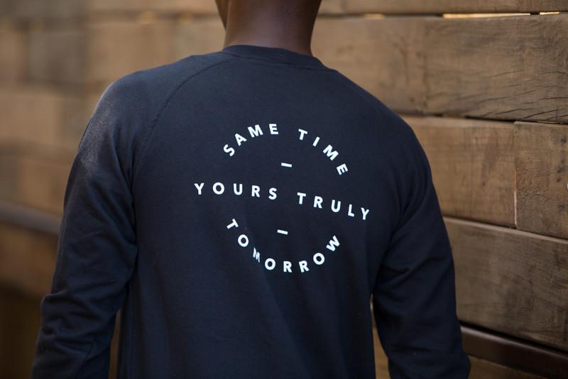 ブランドロゴを用いたTシャツデザイン3