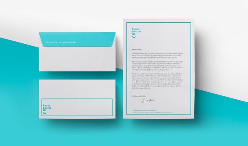封筒と書類のデザイン