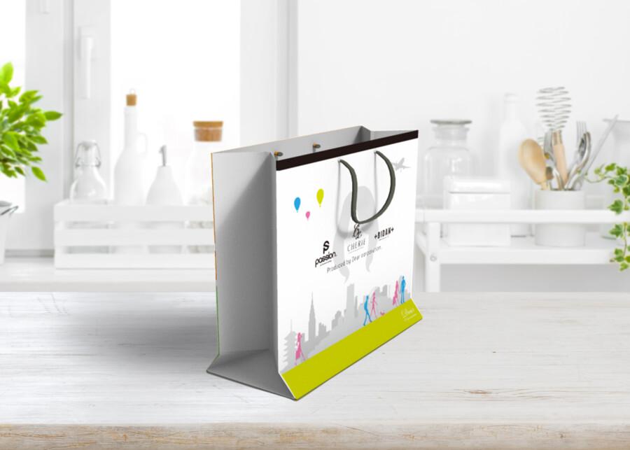 ウィッグブランドの紙袋デザイン作成例1