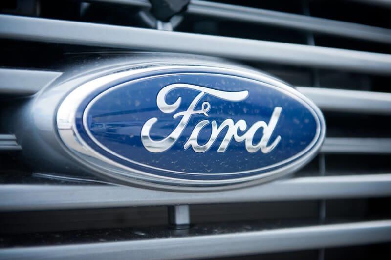 フォードのロゴデザイン
