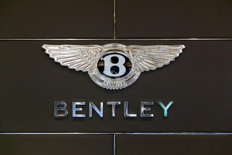ベントレーのロゴデザイン