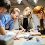 デザイナーも世界へ目を向けよう。年齢も国も関係無い、進むグローバル化。
