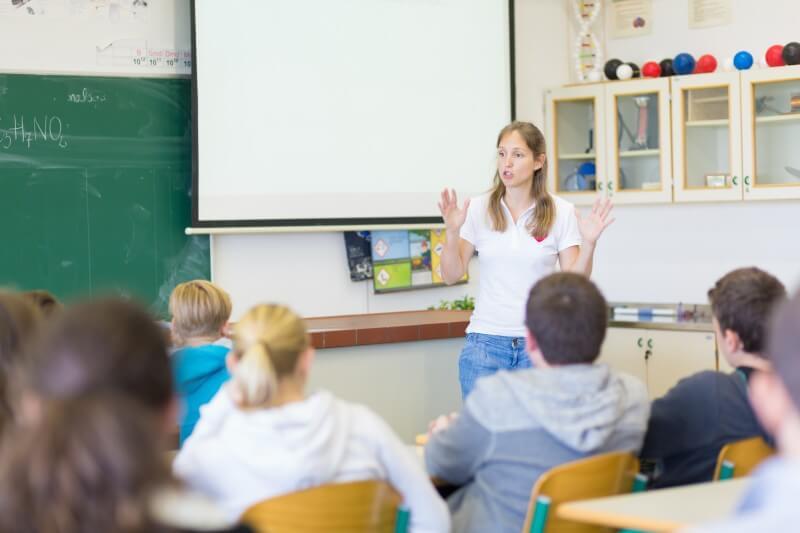 教室のチラシ制作のコツ