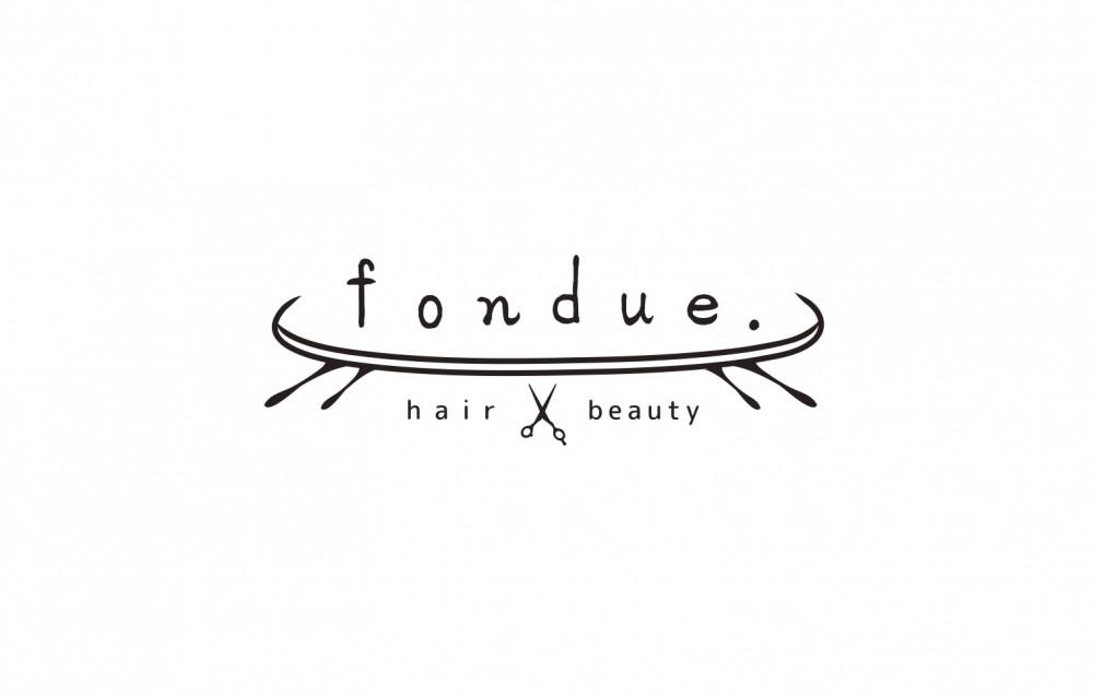 大人かわいいヘアサロンの店舗ロゴ