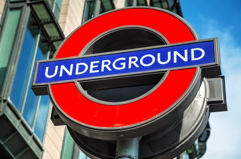 ロンドンの地下的のロゴ