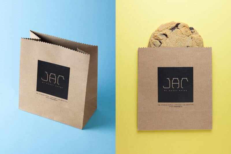 スイーツカフェの紙袋デザイン