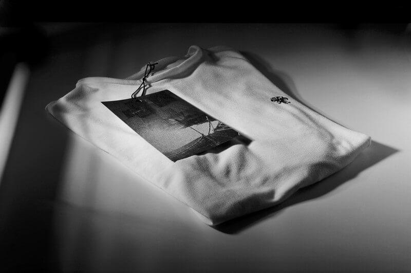 アパレルブランドのT シャツデザイン
