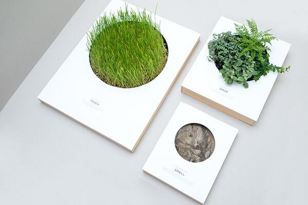 植物が生えるポスター