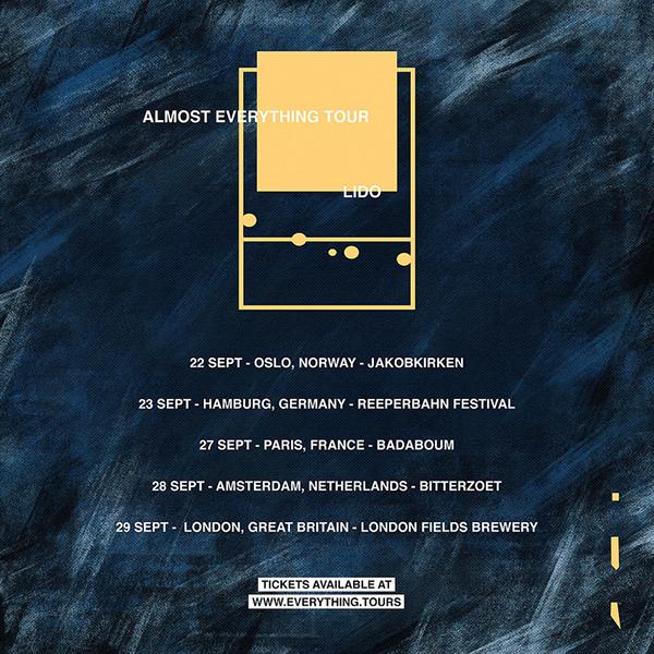 DJのツアーパンフレットデザイン3