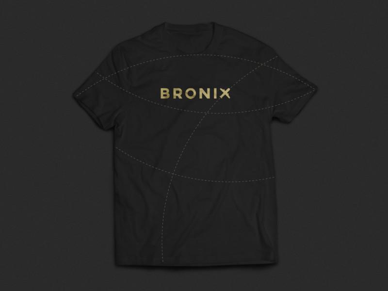 企業のTシャツデザイン