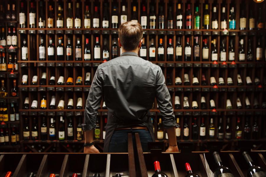 世界のお酒のポスターデザインについて