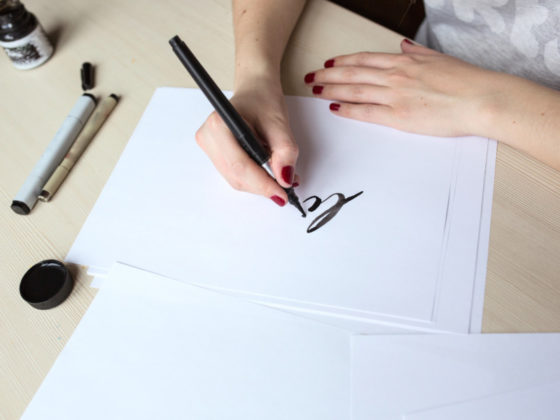 手書きの文字を効果的に使って一味違うポスターを!