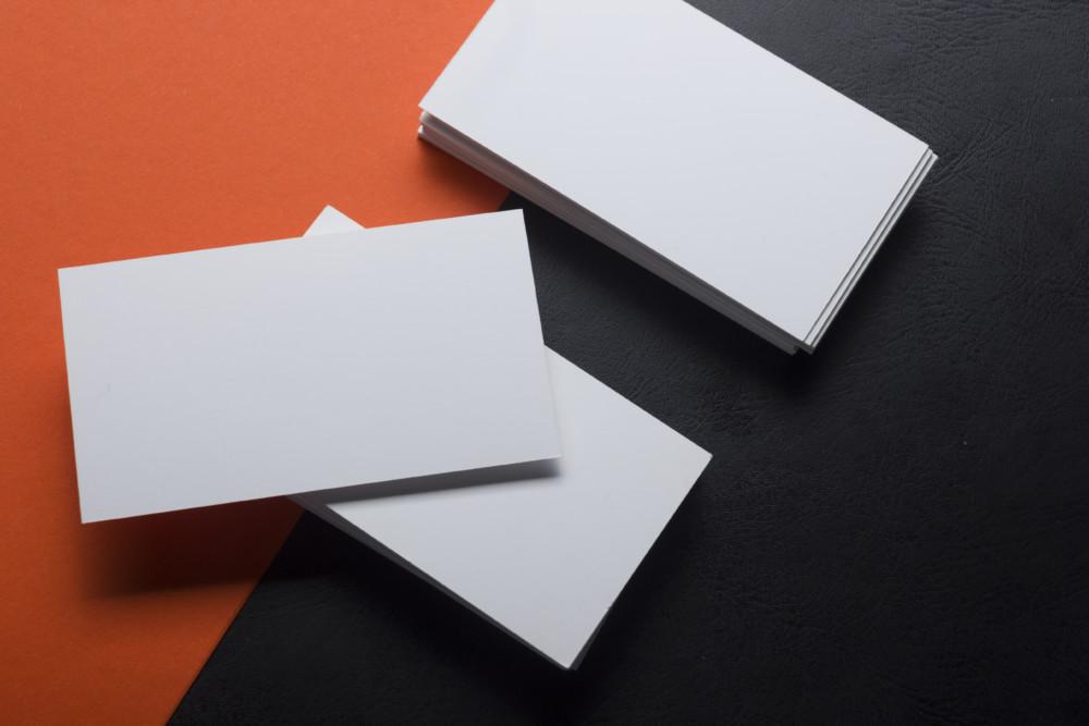 小口染めを使用した海外ショップカード・名刺デザイン制作例について