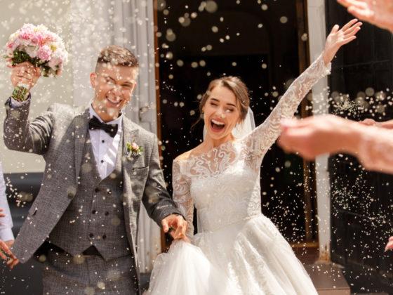ユニークな結婚式の招待状デザイン作成例について