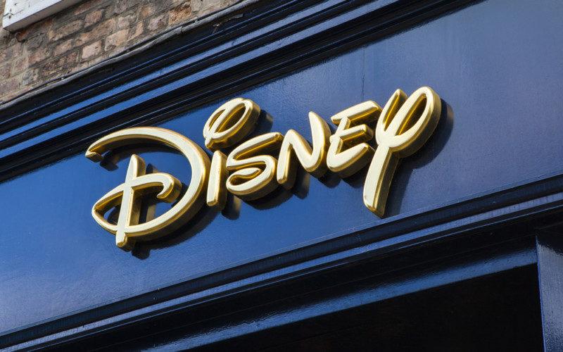 ディズニーのロゴデザイン