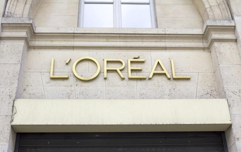 化粧品ブランド「LOREAL」のロゴ
