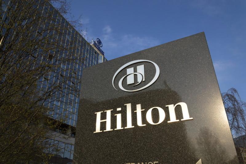 ヒルトンホテルのロゴ