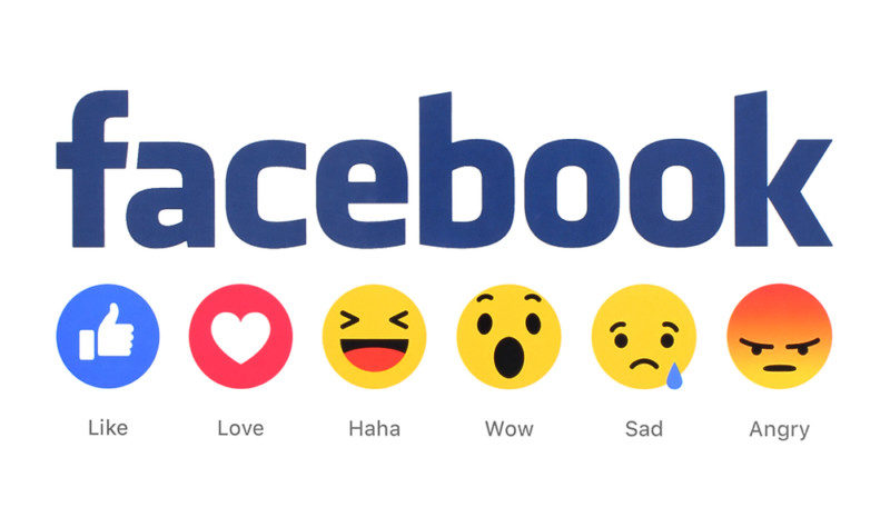 facebookの旧ロゴ