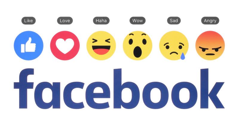 facebookのロゴデザイン