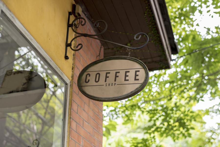 カフェのロゴのカラーバリエーションについて