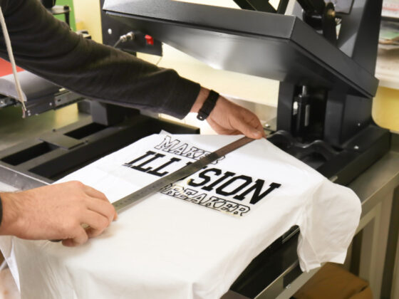 Tシャツにしても絵になるロゴデザイン集について