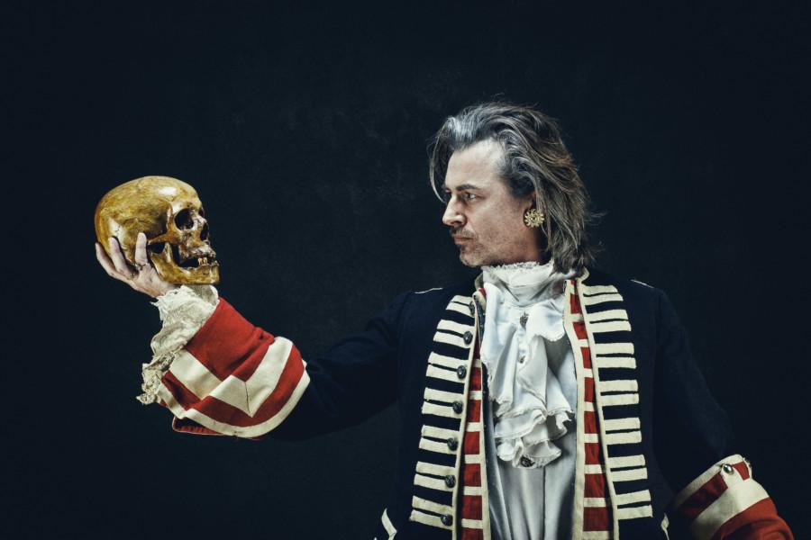 シェイクスピアの演劇のポスターデザインについて