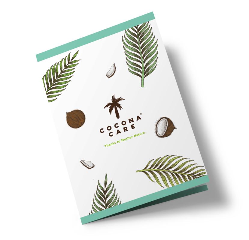 ココナッツ由来ケアアイテムの二つ折りカタログデザイン