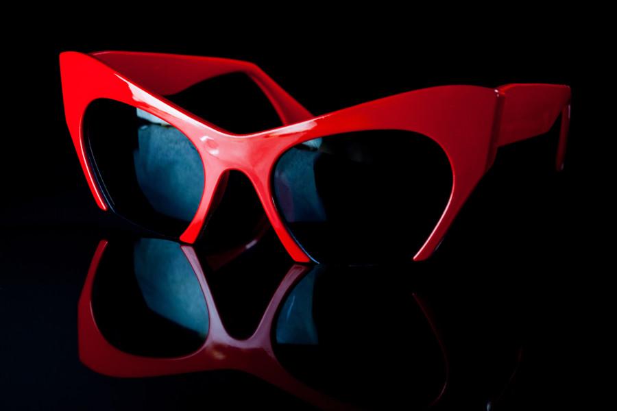メガネをアクセントに使っている作例