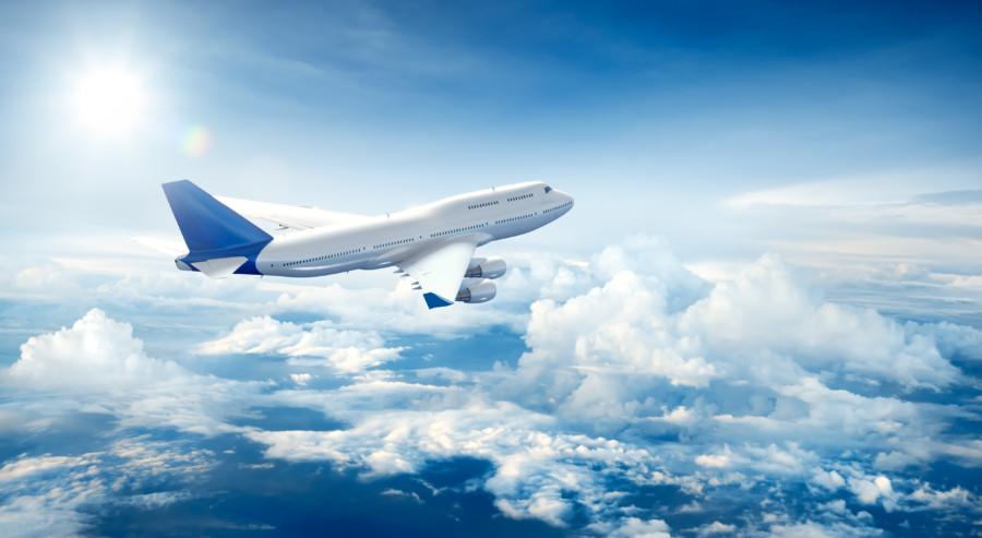 飛行機での旅を演出するテレビコマーシャル・動画制作について