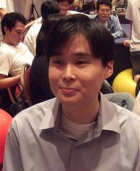 デニス・ウォン(Dennis Hwang)