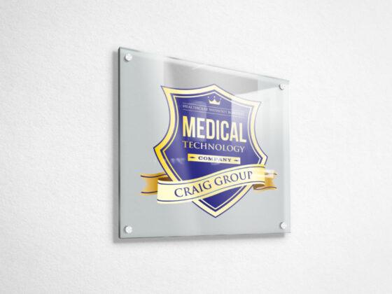 ヘルスケアカンパニーのエンブレムロゴデザイン