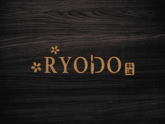海外で展開する日本料理店のロゴデザイン