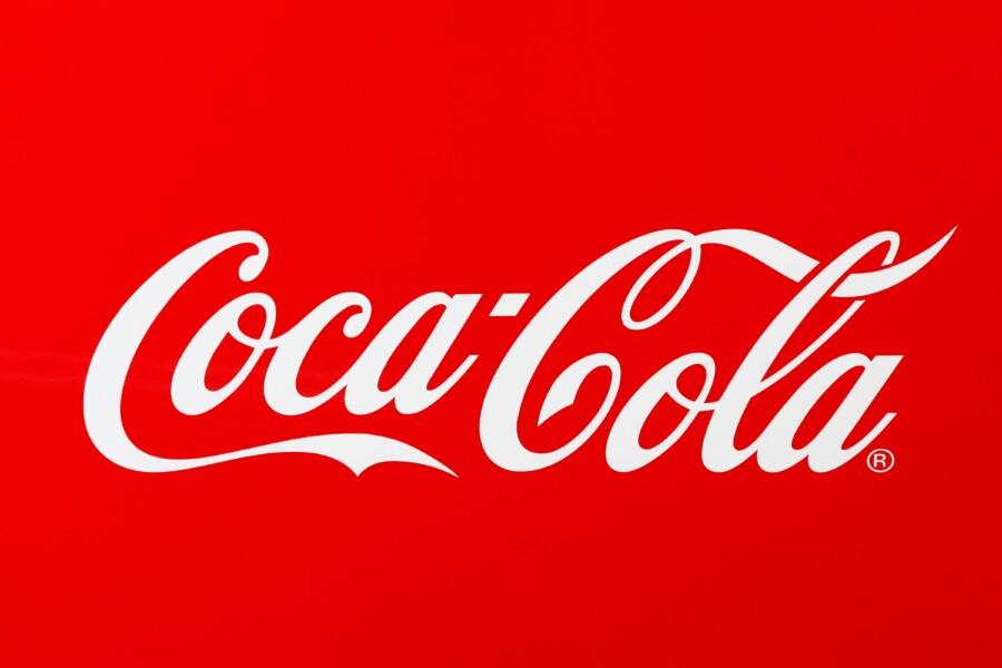 コカコーラのロゴデザイン