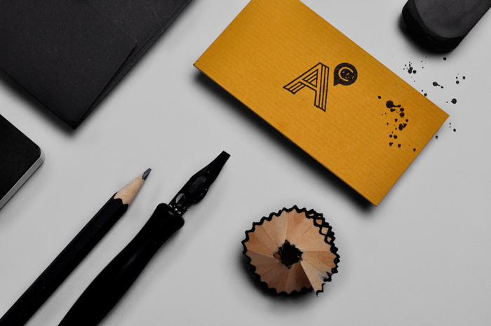 フリーランスのコピーライターのロゴデザイン2