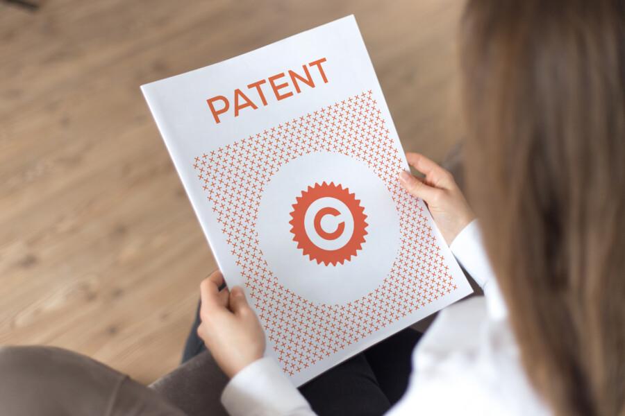 著作権、商標権などの知的財産権について